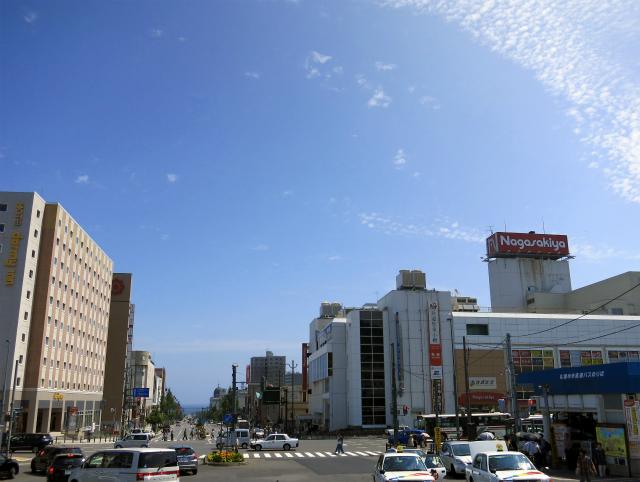 小樽駅前の様子