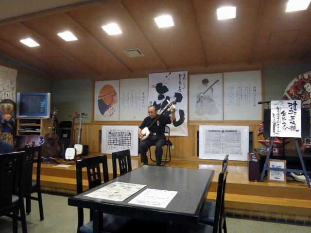 黒石市街 津軽こみせの三味線無料ライブ