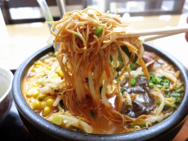 細い乾麺=極細揚麺は50円増し