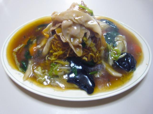 五目やきそば(什景炒麺) 850円