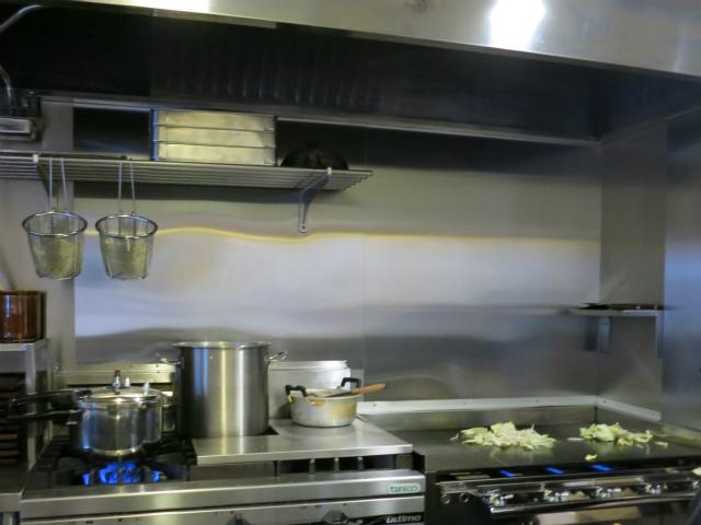 やきそば専門店 ぼんの 調理の様子