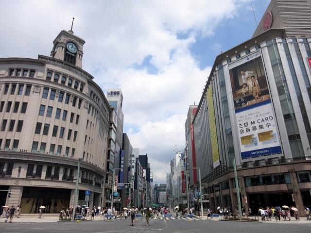 日本が世界に誇る繁華街、銀座中央通り