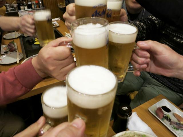 ビールで乾杯ー