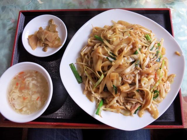 刀削麺焼きそば(炒刀削面) 850円