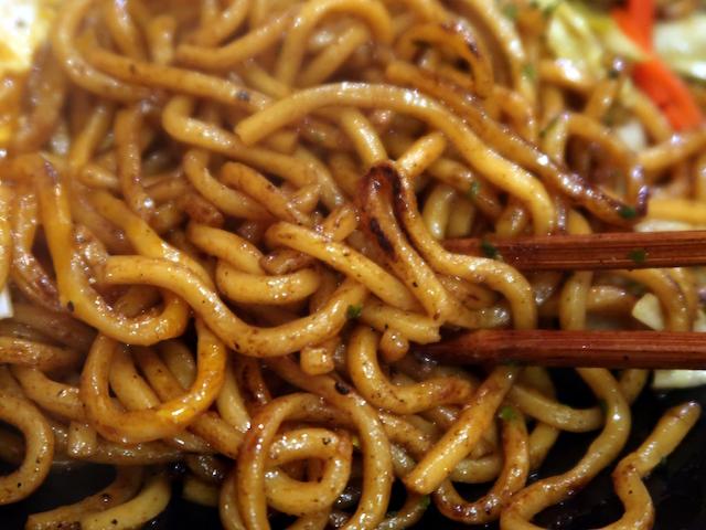 中華鍋でしっかり焼き目をつけてある