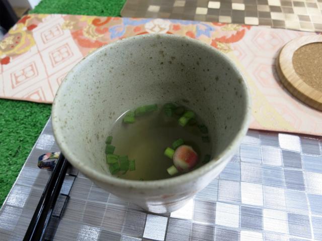 野菜スープは優しい味わい