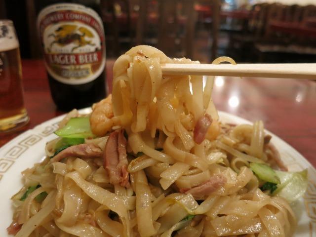 割りと薄めの広東料理らしい味わい