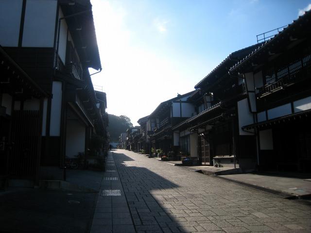 富山市旧八尾町 諏訪町本通り