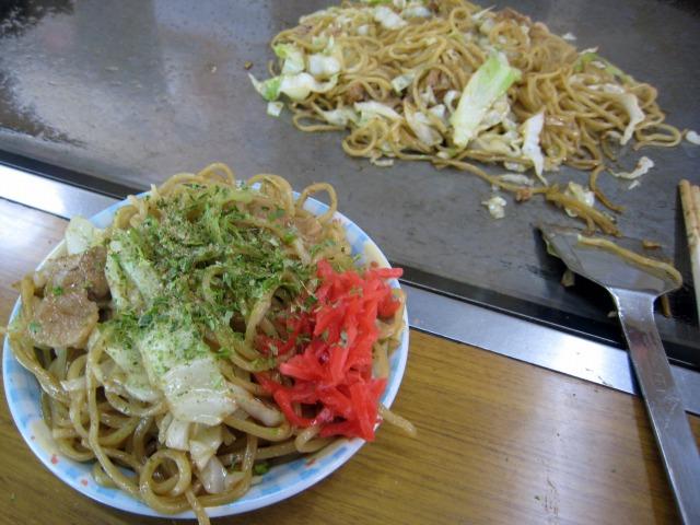 昭和33年の創業以来、富士宮から麺を仕入れているとか