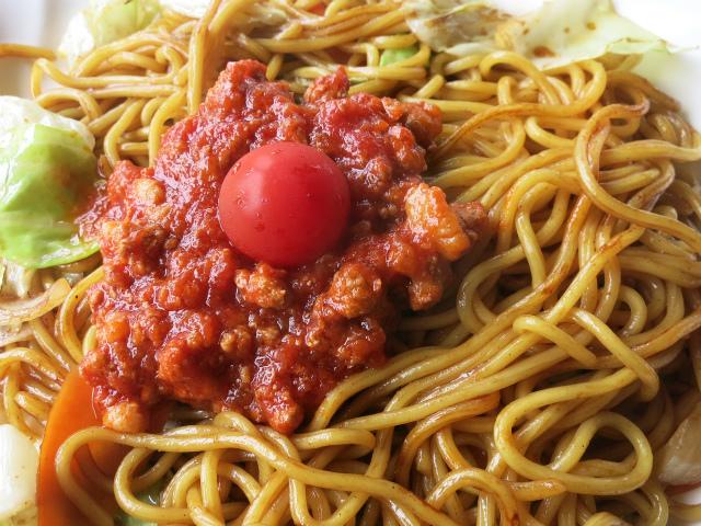 完熟トマトをたっぷり使ったミートソース