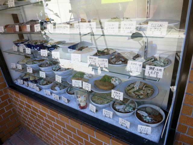 温州軒 店頭の食品サンプル