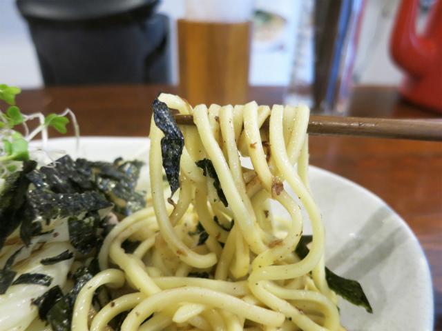 もっちりした食感の太麺