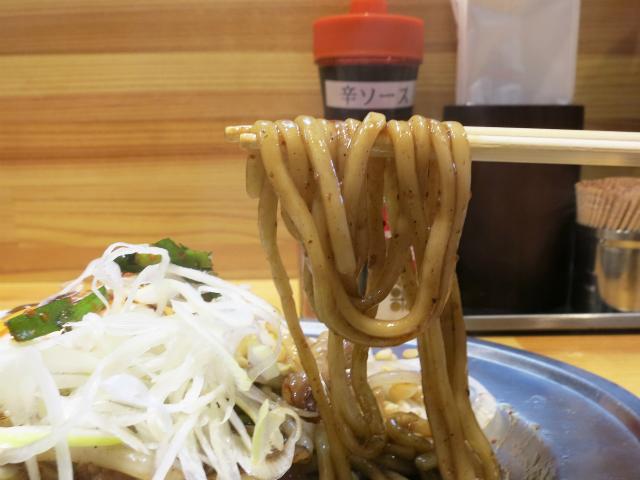 中太平打ちの自家製生麺が美味い