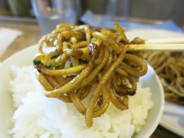 ご飯に合う焼きそば、関東の人間にも食べさせたい