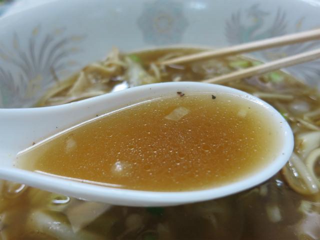 コクがある醤油風味のスープ