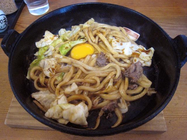 焼きうどん(玉子入り・並) 650円