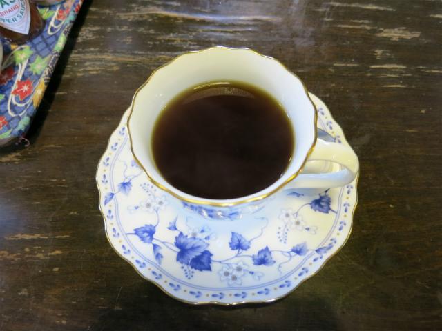 食後のコーヒーは250円