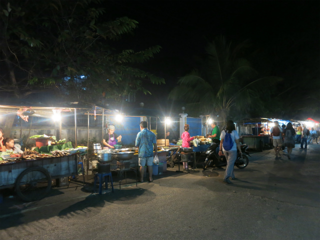 Ban Anou Night Market