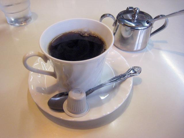 飲み物セット(200円)のホットコーヒー