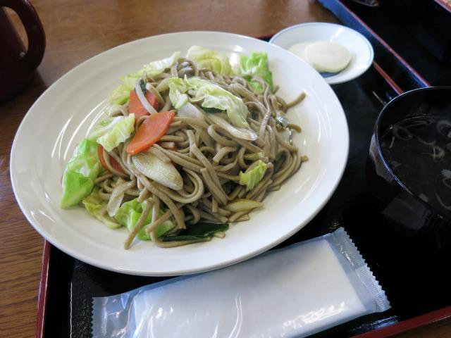 石川蕎麦やきそば 600円