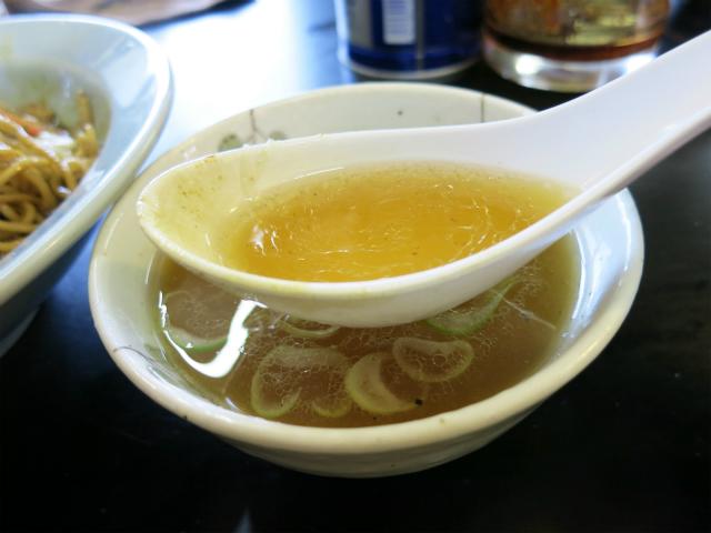 ニボニボしてる付け合せスープ