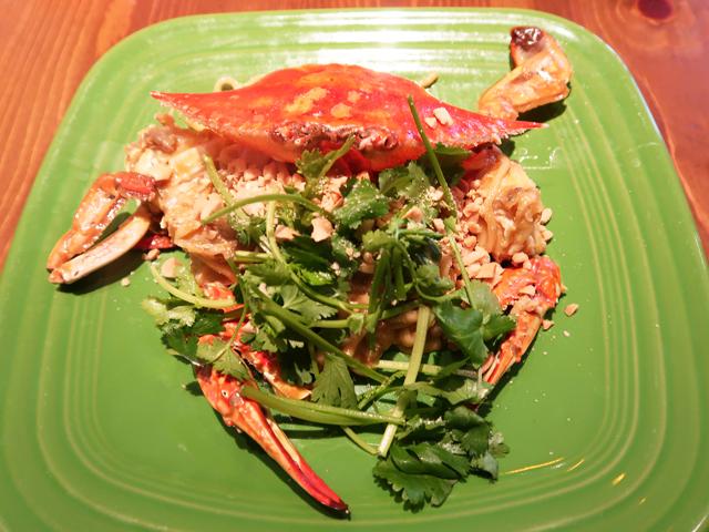 丸ごと渡り蟹の濃厚蟹味噌炒め麺 1480円