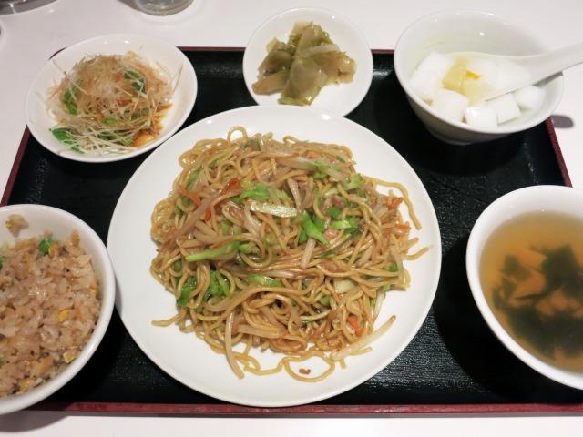 炒麺セット 750円