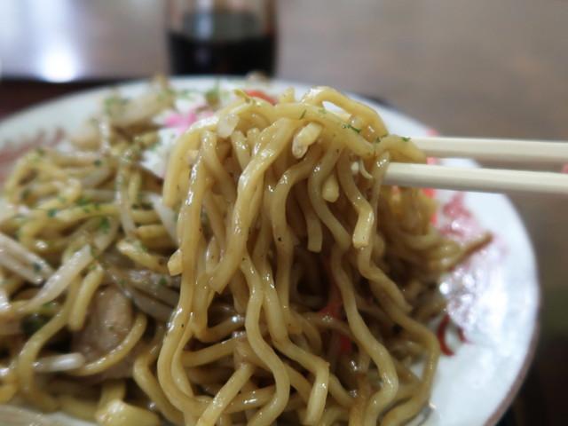 もちっとした太麺が特徴的