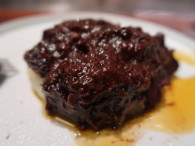 黒毛和牛ホホ肉の赤ワイン煮込み(2400円)