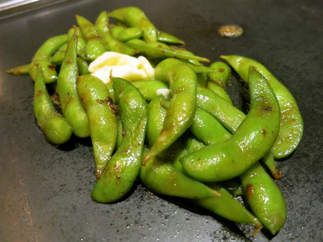 鉄板焼き枝豆~焦しバター醤油~ 480円
