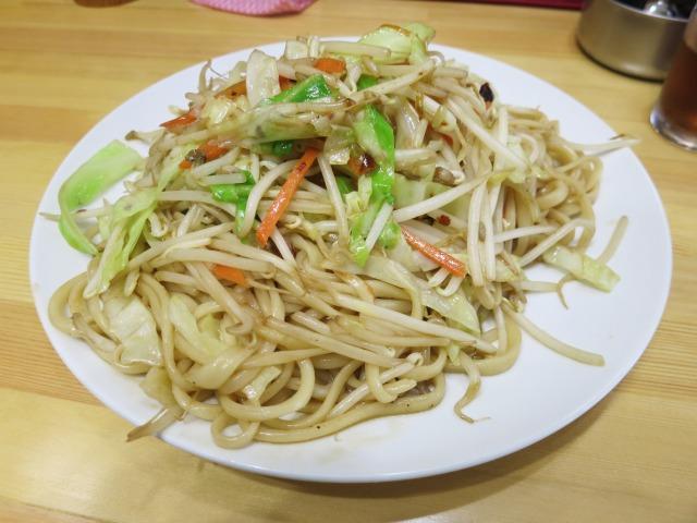 炒麺 800円