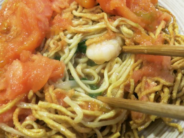 トマトと餡の滲みた麺がメチャ旨!