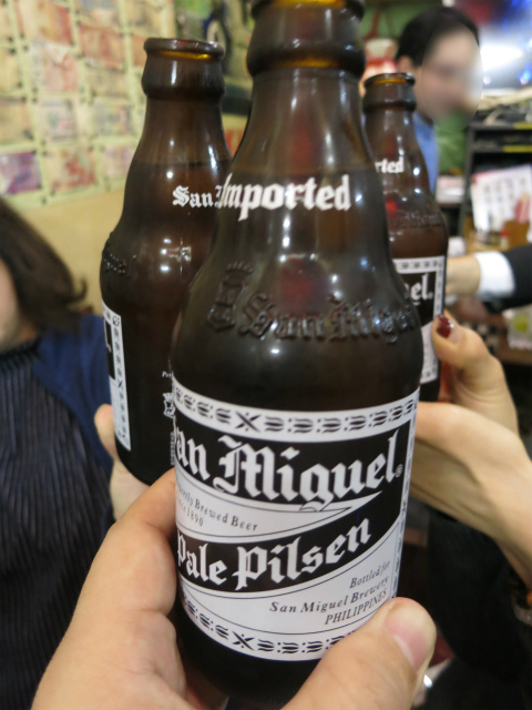サンミゲルで乾杯
