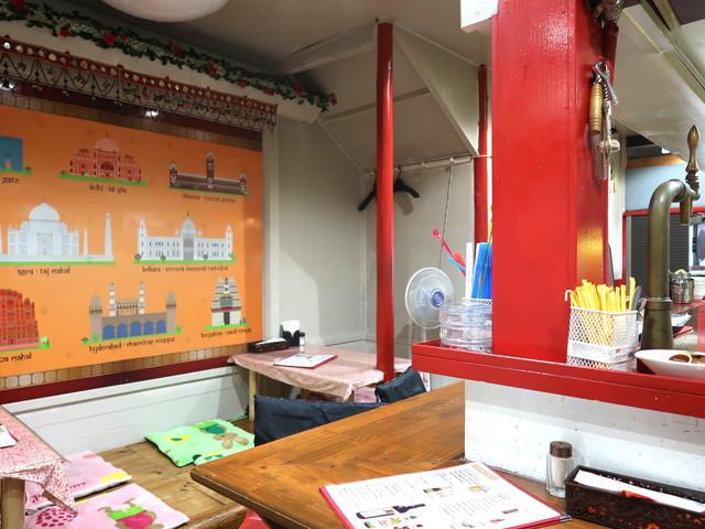 コルカタカフェ ケバブ ビリヤニ 店内の様子