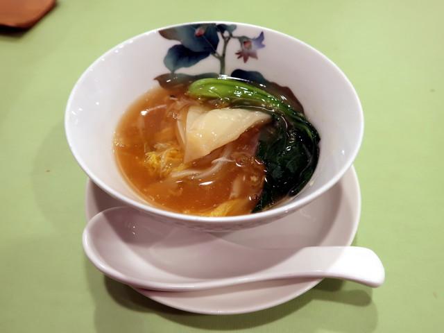 娃々菜と上海蟹の煮込/蟹粉娃娃菜