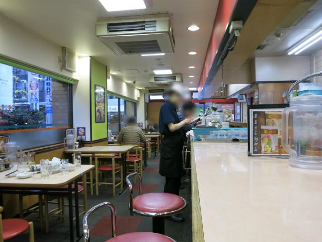 餃子の王将 水道橋店 店内の様子