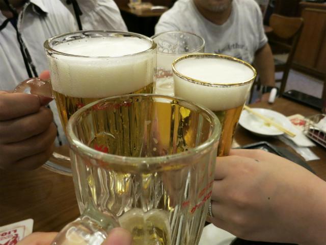 改めてサッポロ生ビール黒ラベルで乾杯