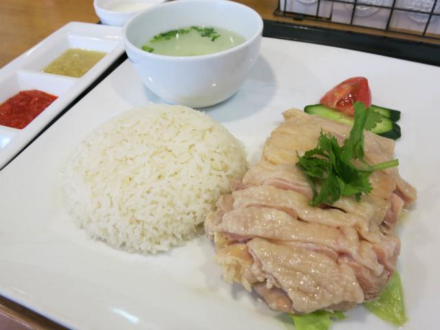 海南鶏飯(ハイナンジーハン) ランチ 950円