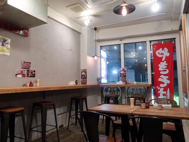 東京焼き麺スタンド 店内の様子