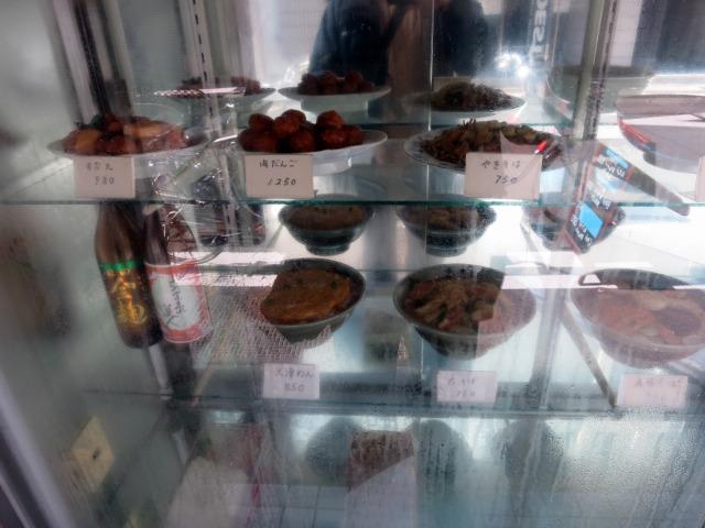 巴家 店頭の食品サンプル