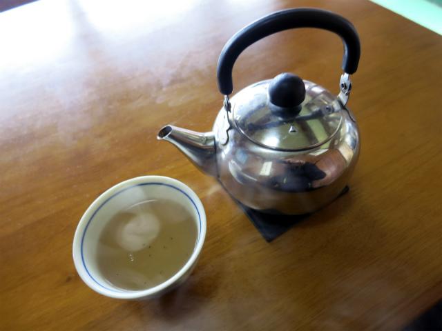熱いお茶が嬉しい