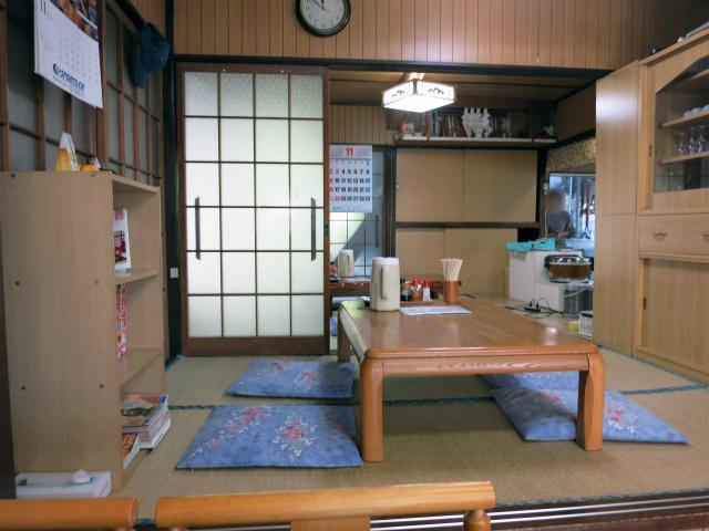 依田食堂 店内の様子