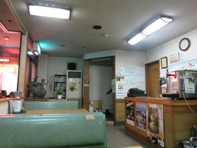 中国飯店 喜鶴 店内の様子