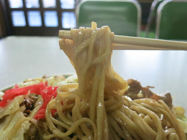 しなやかで柔らかい飯田独特の重曹麺