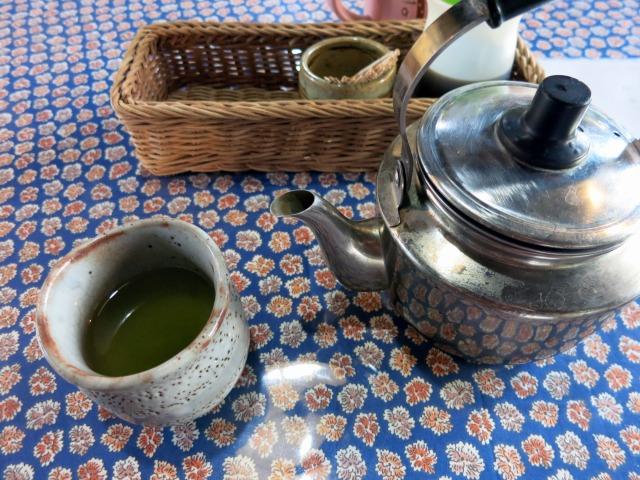とりあえずの煎茶が美味しい