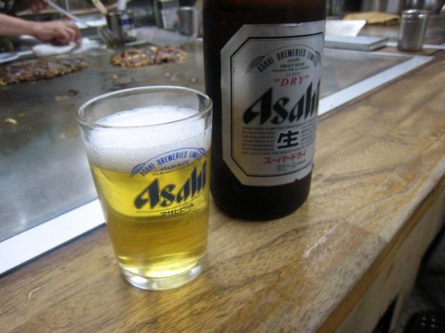 ビールはアサヒ 500円
