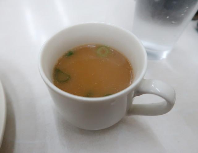 豚骨鶏ガラの白湯スープ