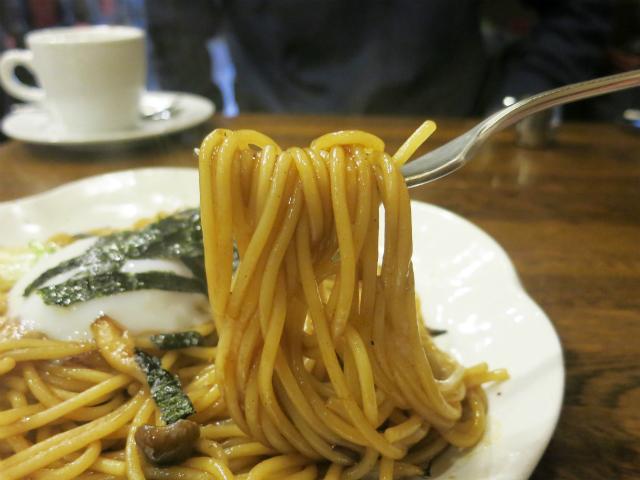 モチモチのスパゲティに甘口ソース味