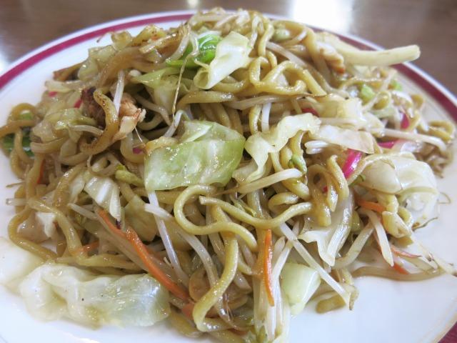 モチモチ太麺が博多皿うどんの特徴