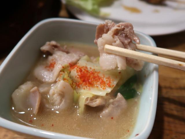 プリプリの牛モツと絶品スープ
